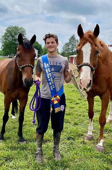 Robbie Elwell 4-H Senior Equestrian of the Year